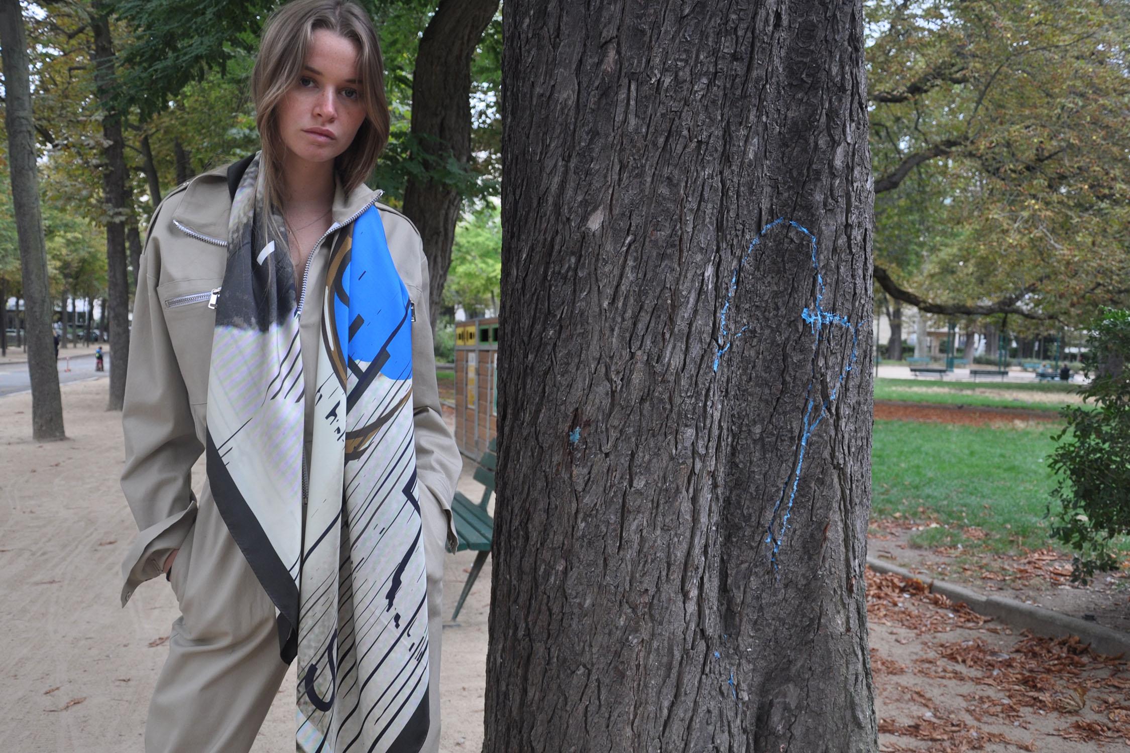 rive-gauche-paris-be-parisian-scarf